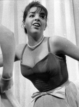Liza Minnellia in BEST FOOT FORWARD