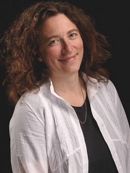 Lara Foot Newton