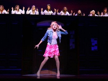 Laura Bell Bundy in LEGALLY BLONDE