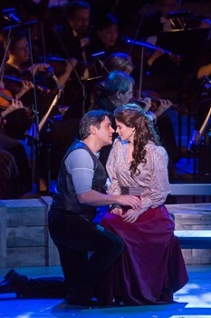 Nathan Gunn and Kelli O' Hara in CAROUSEL