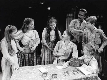 Carrie Horner, Maureen Silliman, Kristen Vigard, Liv Ullmann, George Hearn, Ian Ziering and Tara Kennedy in I REMEMBER MAMA